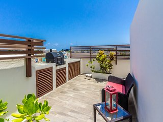 2 bedroom PH, private rooftop with plunge pool.