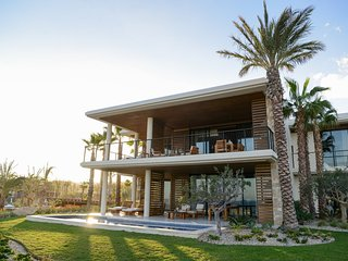Chileno Bay Resort & Residences, Los Cabos - Three Bedroom Ocean View Villa with