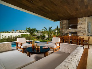 Chileno Bay Resort & Residences, Los Cabos - Three Bedroom Garden View Villa wt
