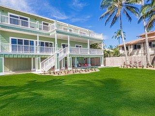 Waialua Beach House - New home on the beach! Pool/AC/Dec dates Available!