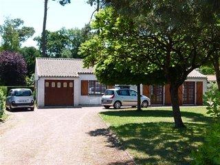 Villa situee a 1km de la plage, 8 couchages