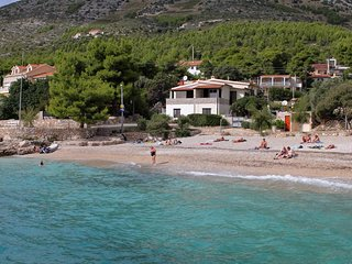 One bedroom apartment Ivan Dolac (Hvar) (A-130-c)