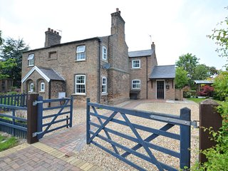 61740 Cottage situated in Cleethorpes (10mls W)