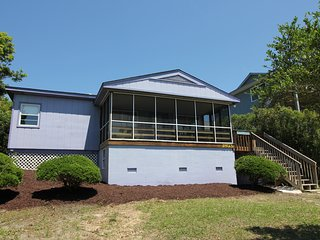 TOP RATED on NC Coast - New Furnishings, Dogs Welcome!