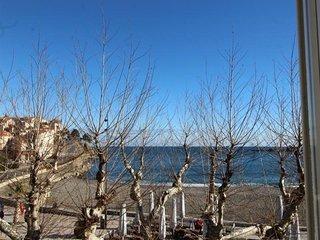 A 50 mètres de la plage, appartement type F3 avec vue sur mer