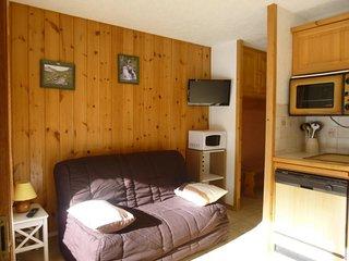 cabine separee avec lit double et grande terrasse
