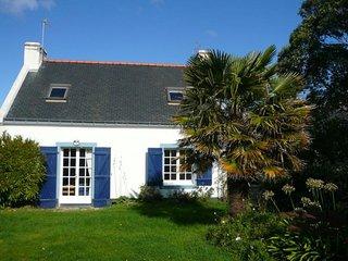 Maison avec très joli jardin paysagé située dans le hameau de Spernen.