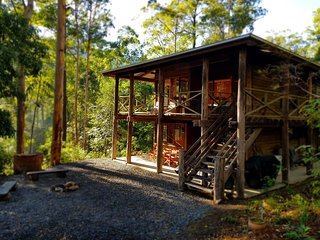 The Treehouse. Carawirry Forest Escape.