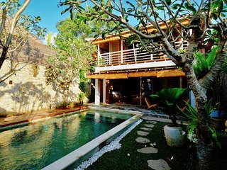 Contemporary Newly Build - 2 bedroom Villa in the heart of Penestanan, Ubud