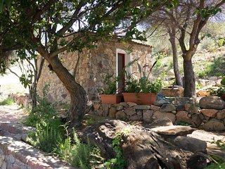 Casetta tipica sarda per una vacanza relax