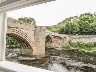 1 THE RIVERSIDE, riverside location, Barnard Castle