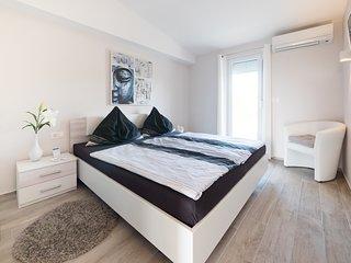 Ferienhaus SunnyHomePunta - Apartment mit Kuche (1OG)