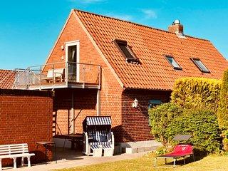 Strandnah & Meerblick, Balkon, Wulfen a.Fehmarn, Kind u. Hund gern! bis 4 Person