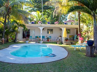 L'Oase de Riambel Beachfront Bungalow, free wifi, private pool