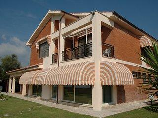 6 bedroom Villa in Terracina, Latium, Italy : ref 5248421