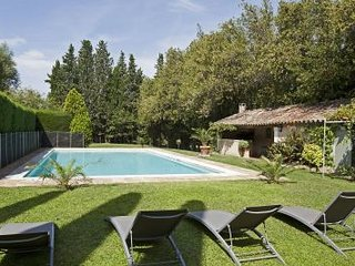 6 bedroom Villa in Lagoy, Provence-Alpes-Cote d'Azur, France : ref 5248835