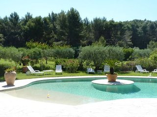 4 bedroom Villa in Les Baux de Provence, Provence-Alpes-Cote d'Azur, France : re