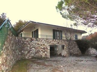 3 bedroom Villa in Albisano, Veneto, Italy : ref 5248533