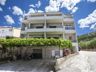 Two bedroom apartment Tučepi (Makarska) (A-11486-a)