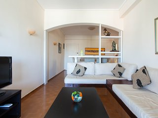 Fantastic 1 bdr Apt 100 m from the beach - Vouliagmeni