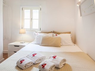 RENT4REST BAIRRO ALTO CHARMING 1 BEDROOM APARTMENT