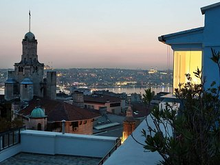 Stylish loft in Galata with stunning views