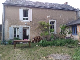 Chambre chez l'habitant dans un village calme en bordure de foret