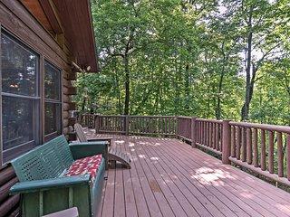 NEW! Rustic Sapphire Log Cabin w/ Hot Tub & Deck!