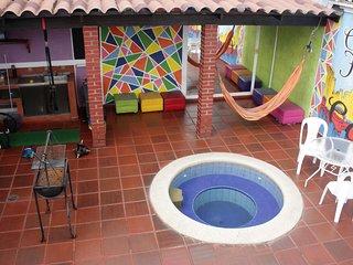 Habitacion Privada - Cama Doble -2 Personas - Bano Privado - Desayuno Incluido.