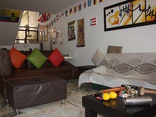 Habitacion Privada -Cama Doble - 2 Personas - Bano compartido - Incluye Desayuno