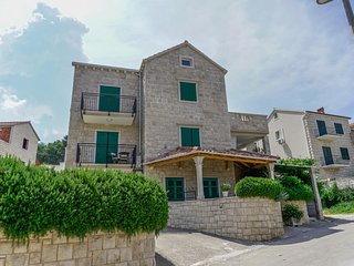 One bedroom apartment Postira (Brač) (A-2913-a)