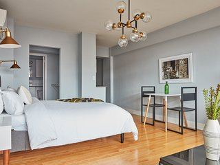 Sonder | Beacon Street | Lively Studio + Gym