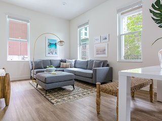 Stunning 2BR in Little Italy by Sonder