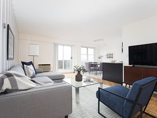 Sonder | JFK Historic Site | Airy 3BR + Balcony