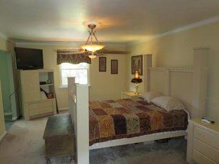BEULAH Residence (Bedroom 3)