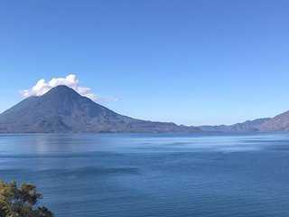 Beautiful Lake Atitlan - Lake House AT001