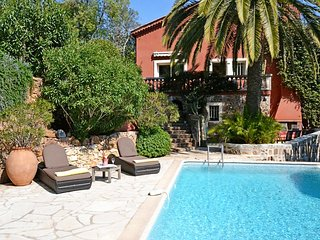 VILLA OURS THEOULE VI4092 by RIVIERA HOLIDAY HOMES