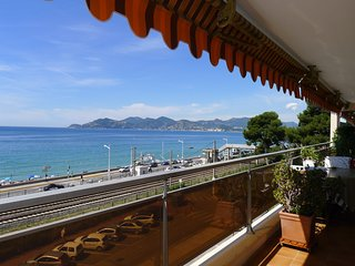 CANNES BEACH AP4137