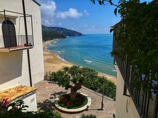 1 bedroom Apartment in Sperlonga, Latium, Italy : ref 5061934