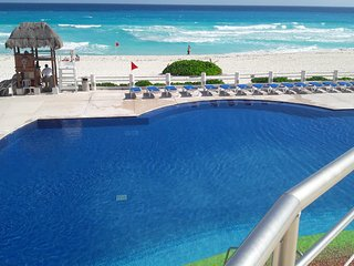 VILLAS MARLIN BEACH LOCATION IN THE HOTEL ZONE- 1 BEDROOM-1 BATH