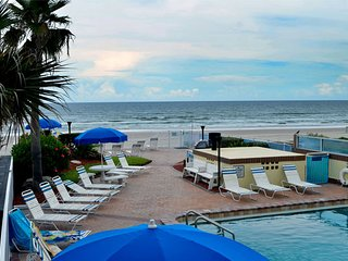 Sea Shells Beach Club Studio Ocean Front Unit #115