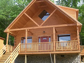 Gatlinburg TN-- 2 bedroom in the Smokeys