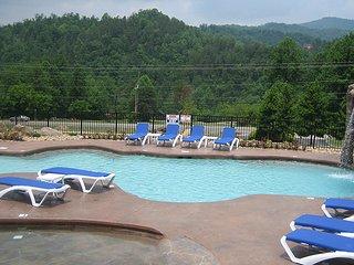 White Oak Lodge and Resort 2 Bedroom Cabin #131