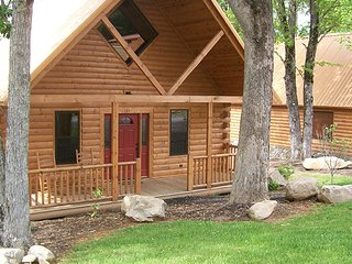 White Oak Lodge and Resort 2 Bedroom Cabin #131