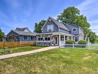 Beulah House - Steps to Crystal Lake Beach!