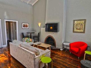 1347 Northwest Apartment #1053
