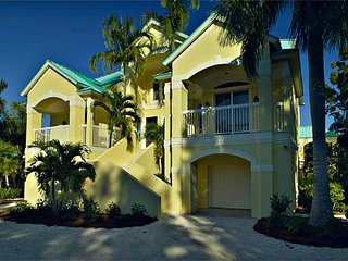Manateaze ( 4 Bedroom home )