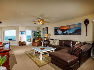 2 BR Oceanfront SONG8 - RELAX AND RENEW IN THIS BEAUTIFUL CONDO!
