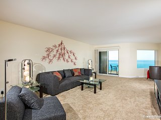 2 BR Oceanfront Condo SONG13 - DON'T WORRY, BEACH HAPPY