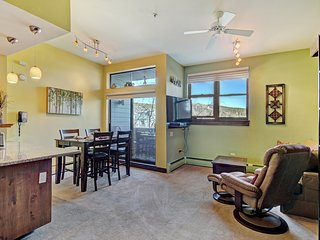 Cozy Condo Located in Downtown Breckenridge